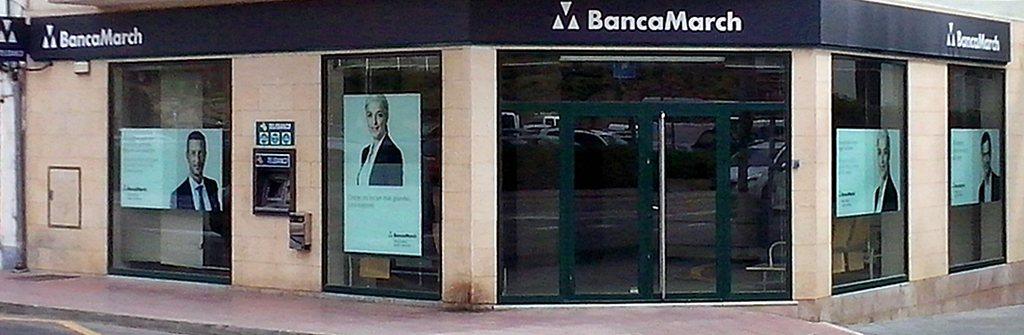 Banca march in alcudia mallorca filialen geldautomaten for Oficinas banca march palma